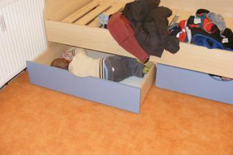 Postel v dětském pokoji