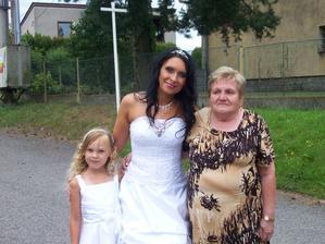 s neteřinkou a babičkou :-)
