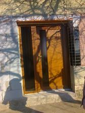 vchodové dvere, trocha krivá fotka:-)