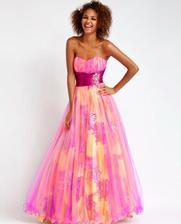 hallo neviete kde by som zohnala tieto šaty???