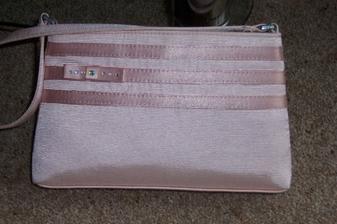 Svatebni kabelka