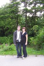 rok po svatbě i s pořádným pupíčkem :)