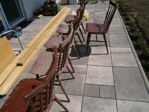 Pred úpravou: Stoličky vyhodené na povale, pôvodný majiteľ sa ich rád zbavil...