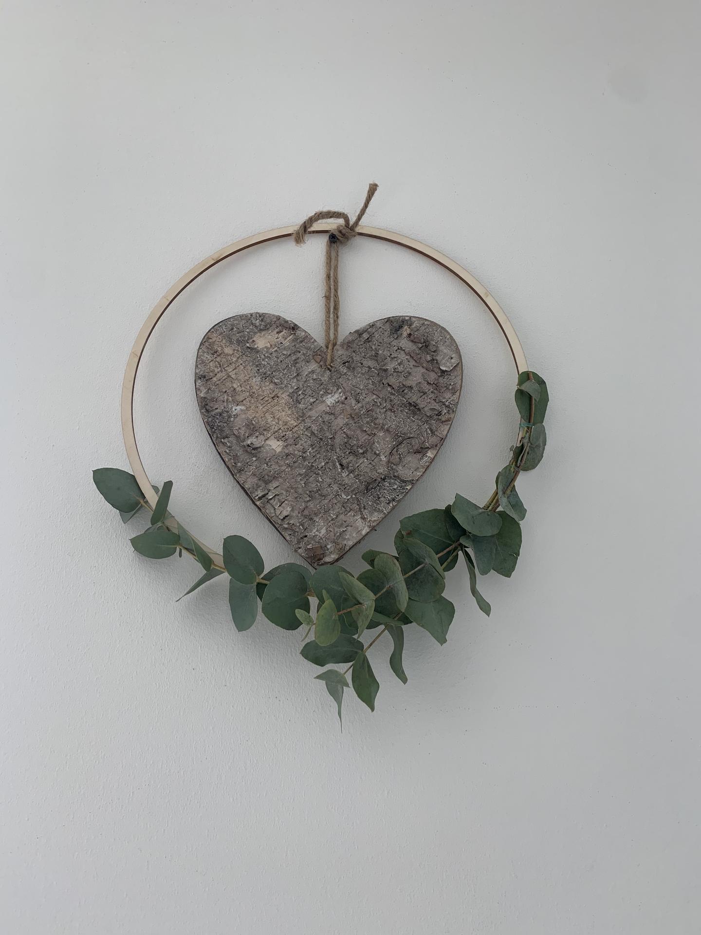 Moje jarné a zimné miniatúry - Prírodný eukalyptus, som zvedavá, koľko takto vydrží.