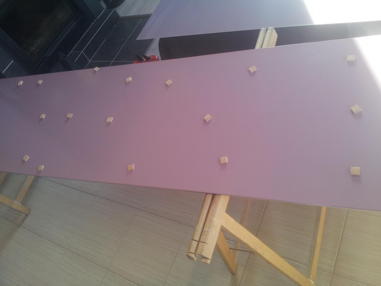 Dodávka a montáž farebnej kalenej sklenenej zásteny - Obrázok č. 2