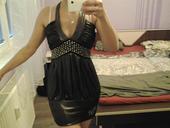 pekné šaty, L
