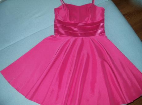 Cyklámenové šaty  - Obrázok č. 1