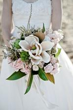 magnolie, vřes, růže hyacint karafiát