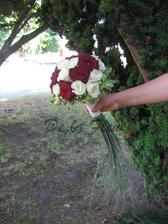 svatební kytice s prodloužením