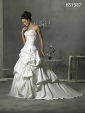 další krásné šaty