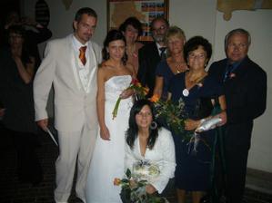 s rodičema, babičkou a mojí sestrou