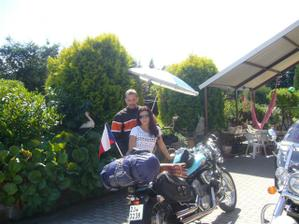 svatební dovolená - na motorce až do Paříže :-)