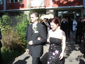 moja sestrička s mojím manželom