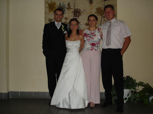 Vierka{{_AND_}}Petrík - Peťkova sestra s manželom