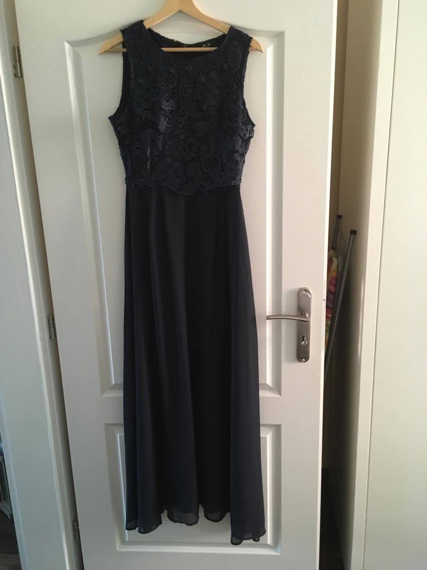 Tmavomodré spoločenské šaty - Obrázok č. 1