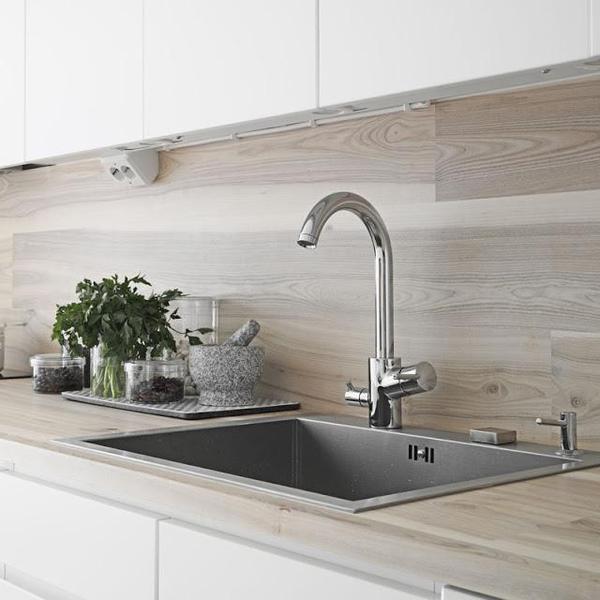 Scandinavian Kitchen Sink: Poraďte Prosím