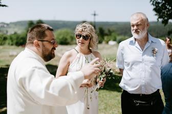 tak kdo je nevěsta? :)