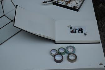 krásná vzpomínka)) kniha hostů plná vzkazů a polaroidů