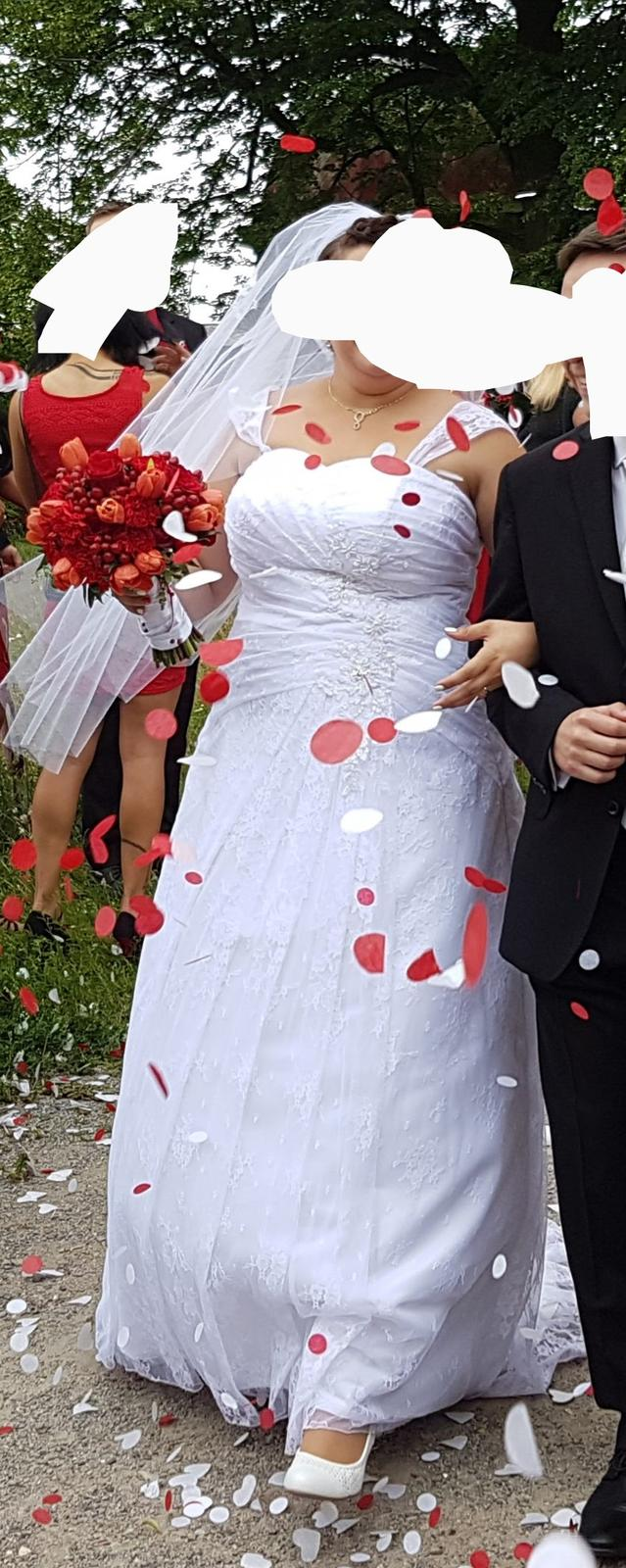 Svatební šaty vel. 48 a vic - Obrázek č. 1