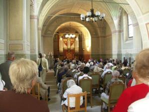 interiér kostelíku