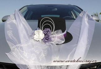 Na ženichovo auto