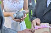 svatební šaty - áčkový střih, 38