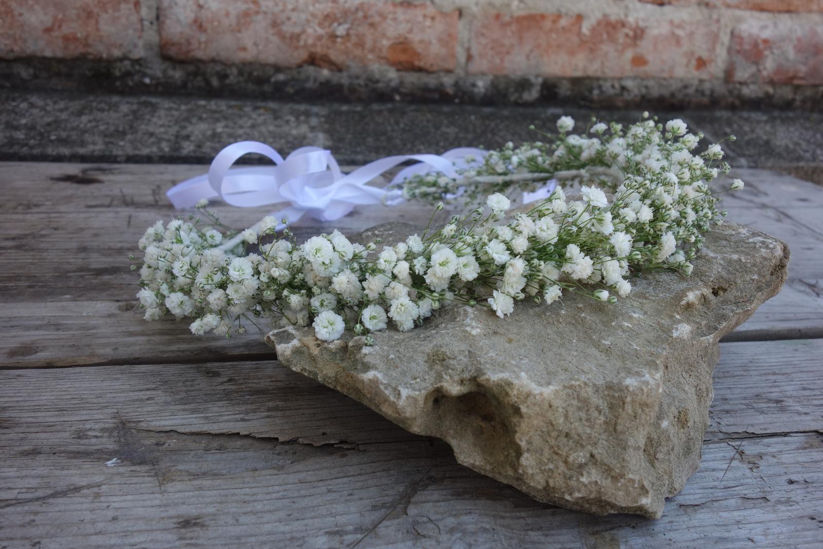 Silvia Pavlechová - kvetinové šperky pre nevestu - Obrázok č. 1