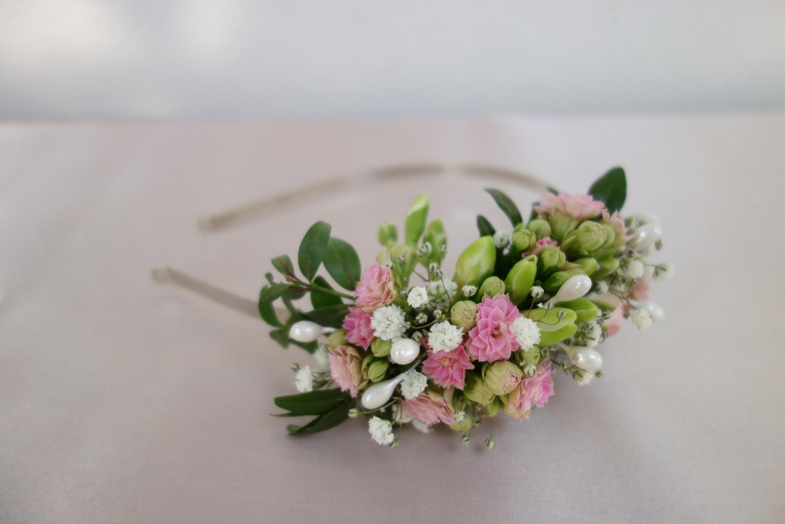 Silvia Pavlechová - kvetinové šperky pre nevestu - Obrázok č. 3