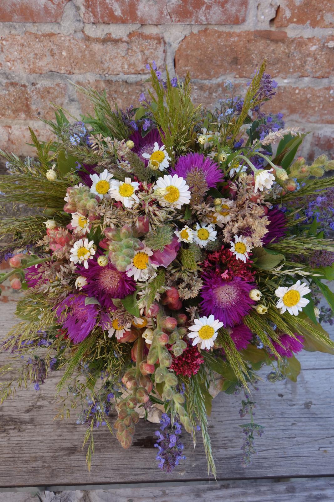 Slovenské, lokálne kvety pre vašu svadbu - Obrázok č. 1
