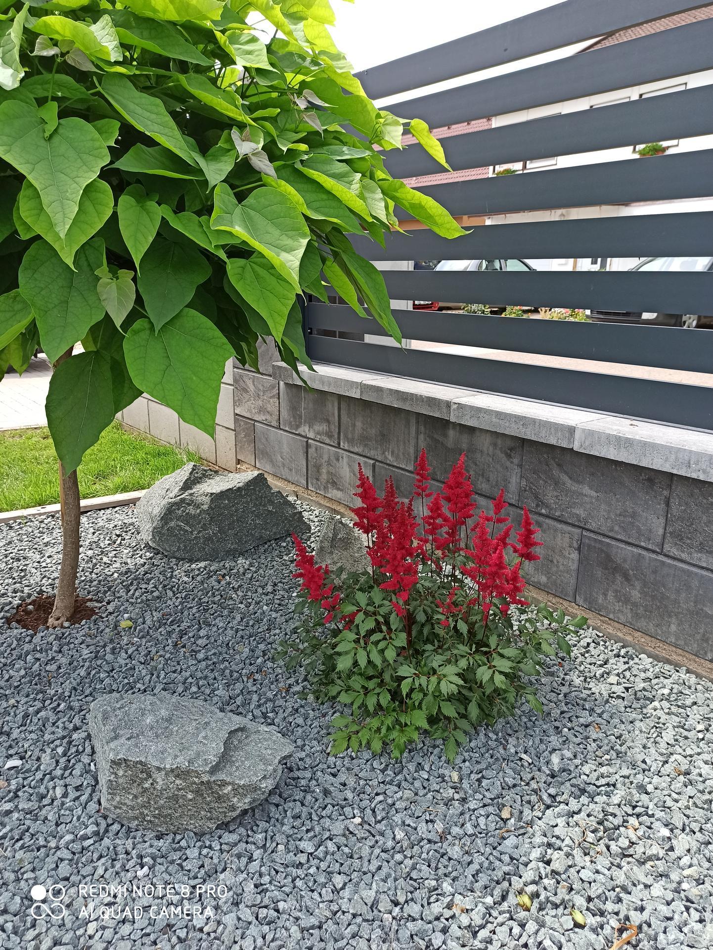 Tvoříme si zahradu... - Obrázek č. 27
