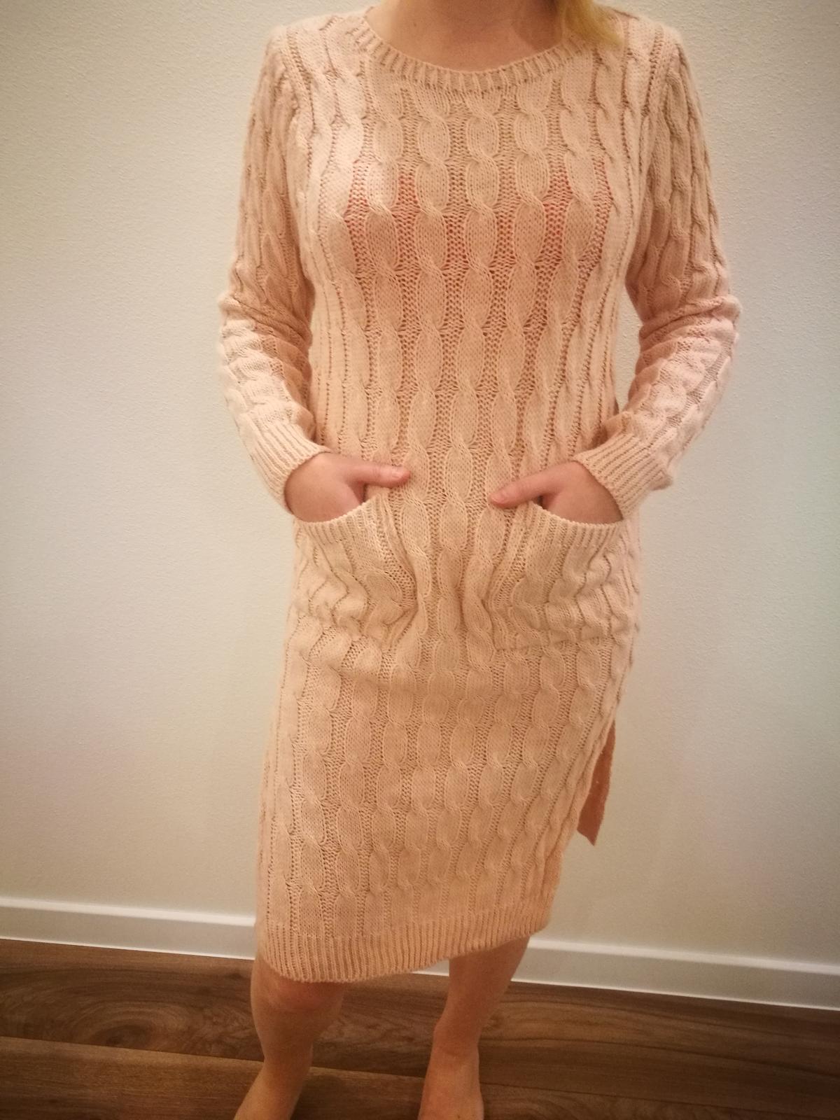 Upletove šaty - Obrázok č. 1