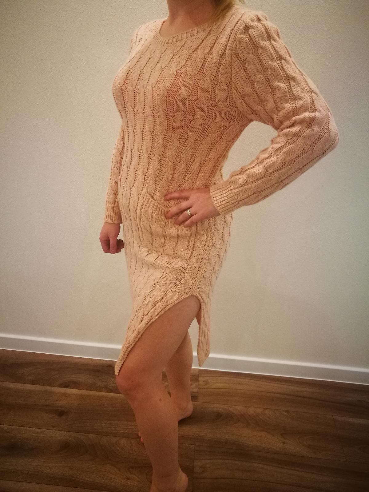 Upletove šaty - Obrázok č. 2