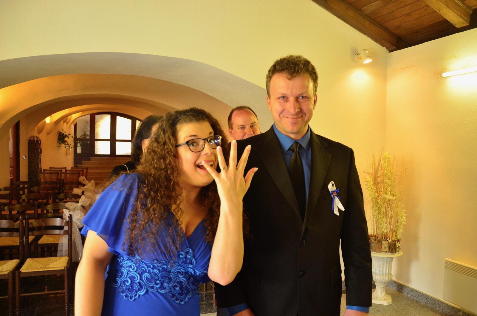 EVA{{_AND_}}Pepa - já nadšená, manžel dojatý...