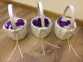 Košíčky pro družičky s plátky růží,