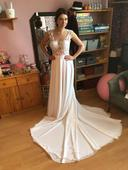 Úžasné svatební šaty, 36