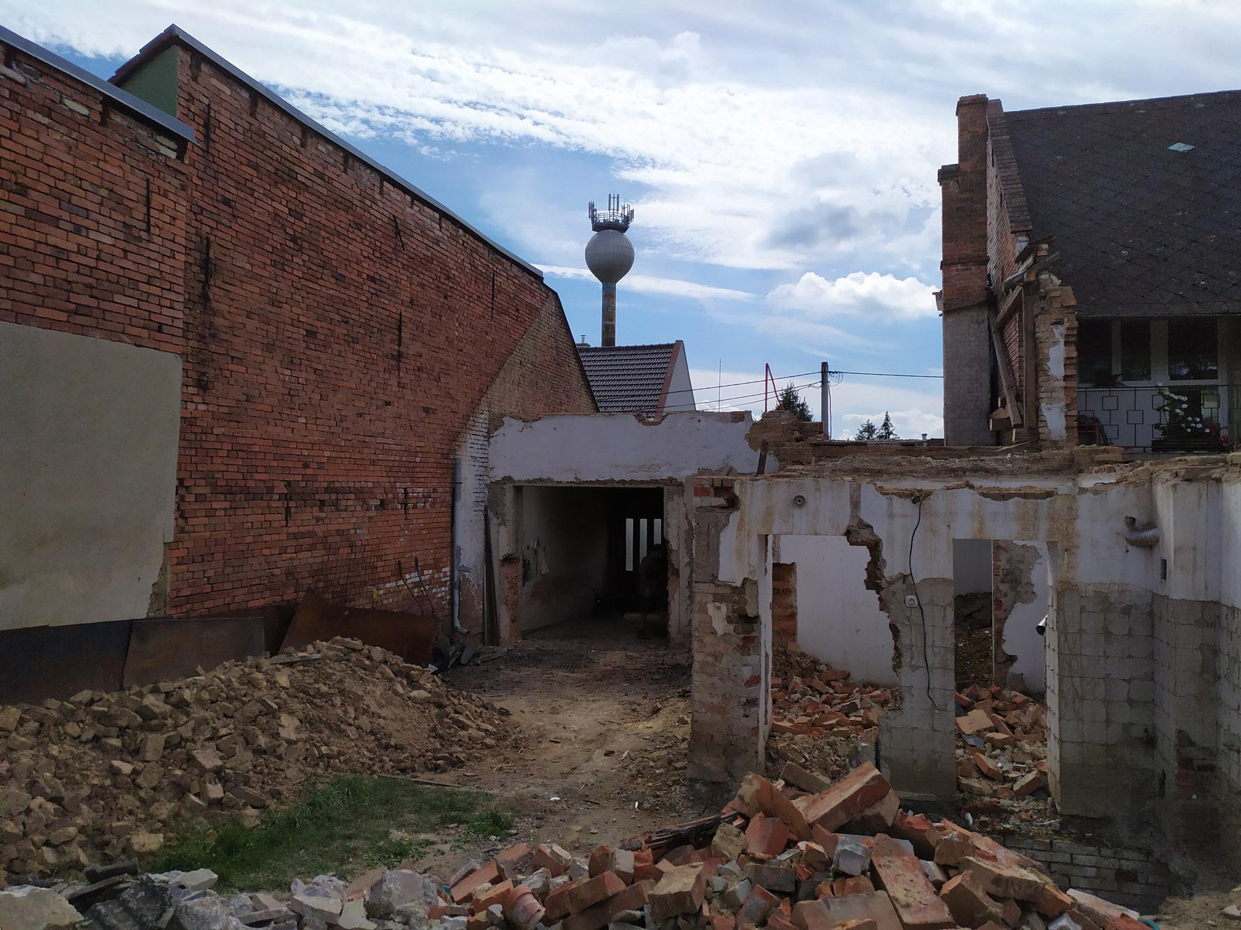 Bourání staré a stavba nové řadovky - Obrázek č. 41