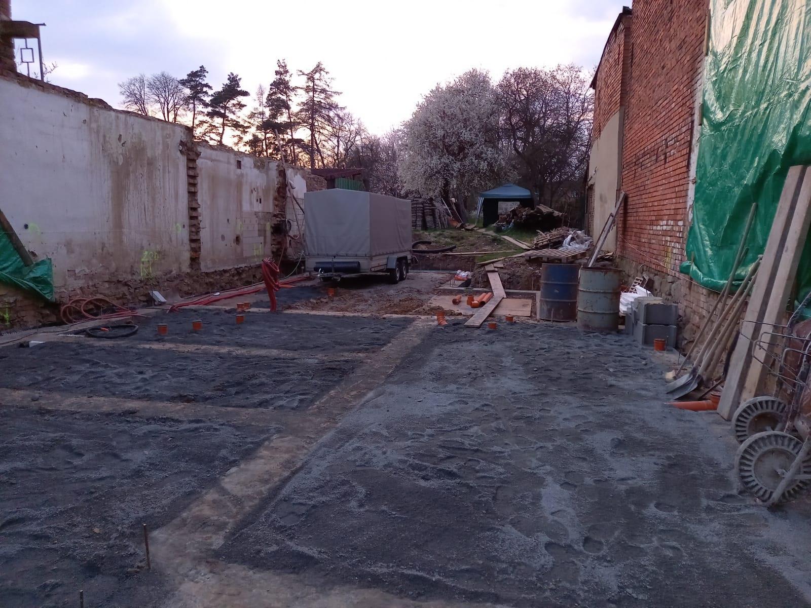 Bourání staré a stavba nové řadovky - Obrázek č. 57
