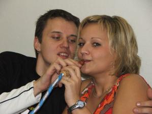 svědkové Chocholáčci, v době naší svatby bude už i malý Chocholka :-)