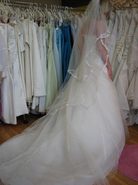 Svatba A+P, šaty - (šaty č. 1)