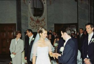 krouzkovani/ exchanging the wedding rings