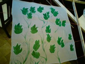 Šátek, kde je návrh malby na šaty :-)