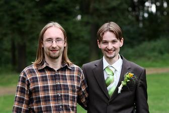 Muž s bráchou