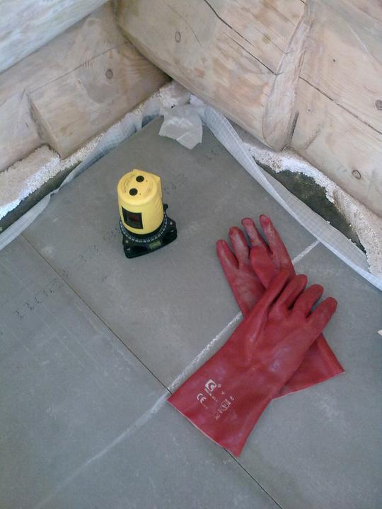 Detaily - naši velcí pomocníci :) laser a rukavice dluhé :)