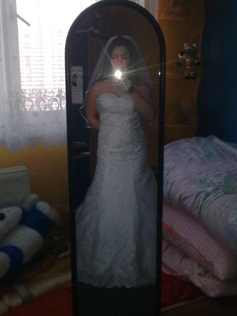 Naša svadba 26.06.2010-prípravy - moje foto, odraz zo zrkadla