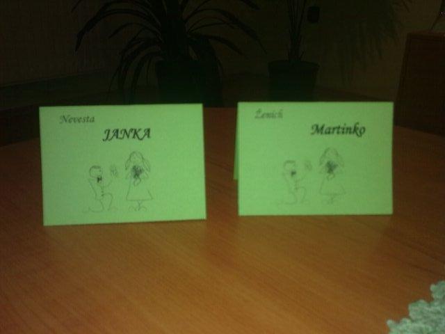 Naša svadba 26.06.2010-prípravy - menovky mi pomohla urobiť kolegynka