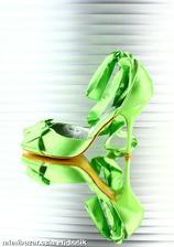nebo zelené?