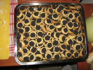 makové koláčky cca 200ks