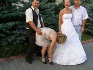 tak tomuhle paru jdeme na svatbu letos v cervenci