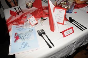 výzdoba stolu - vše ručně a s láskou dělané :o)