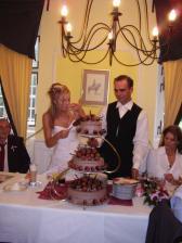 nesmělo chybět krájení dortu:o)